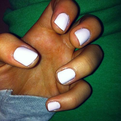 Ariana grande s nail polish amp nail art steal her style
