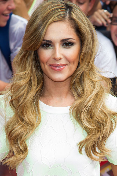 Cheryl Cole S Hairstyles Amp Hair Colors Steal Her Style