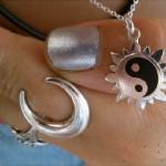 jenna-mcdougall-nails-silver