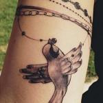 kristen-may-bird-beads-tattoo