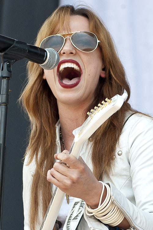 Lzzy Hale Wavy Angled Hairstyle | Steal Her Style