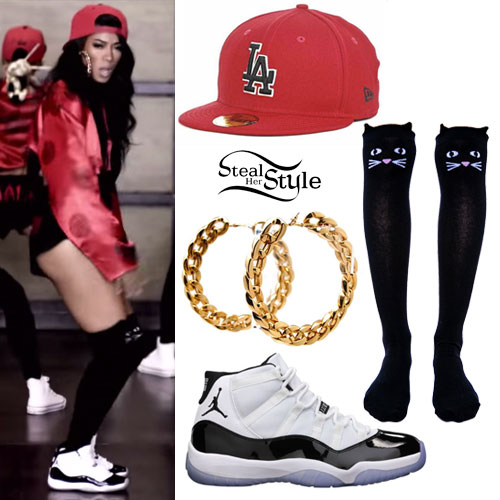 Mila J: 'My Main' Music Video Outfit