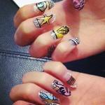 pixie-lott-nails-versace