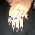 rita-ora-nails-black-bling