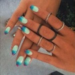 rita-ora-nails-blue-ombre