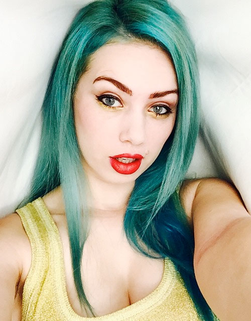 Skye Sweetnam's Hairstyles & Hair Colors | Steal Her Style кэти перри
