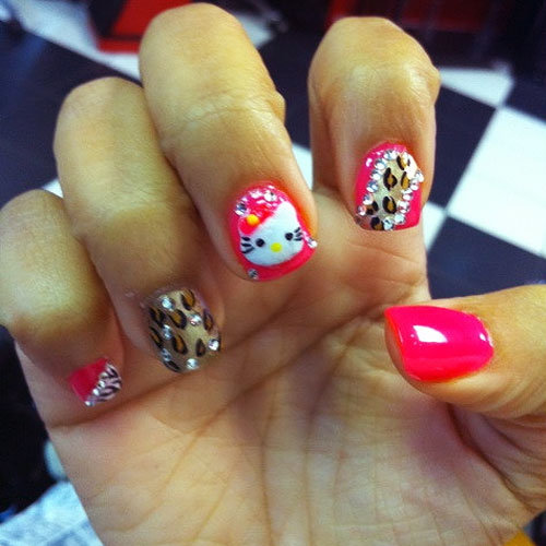 zonnique-pullins-nails-hello-kittyZonnique Pullins Nails