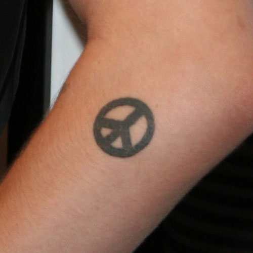 19 Celebrity Peace Sign Tattoos Page 2 Of 2 Steal Her Style Page 2