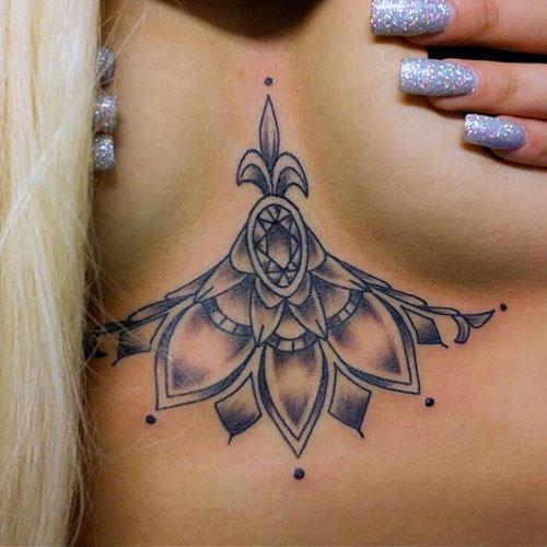 allison-green-chest-tattoo