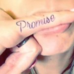 allison-green-promise-finger-tattoo