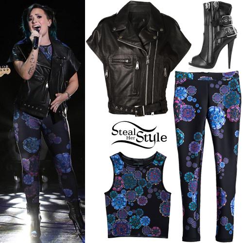 Demi Lovato at The Ellen Degeneres Show. November 10th, 2014 - photo: lovatopictures