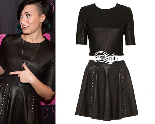 Demi Lovato at the Demi World Tour Antwerp Meet & Greet, November 20th, 2014 – photo: lovatopictures