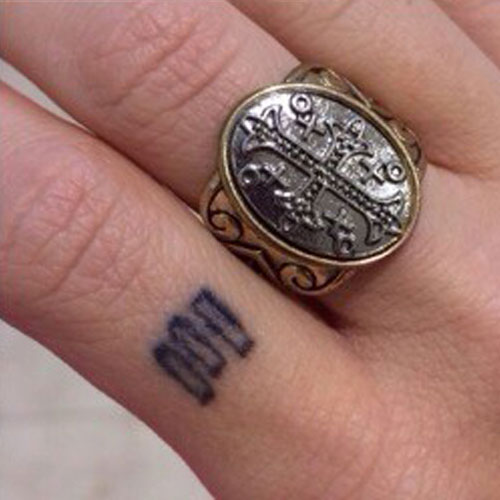 Grav3yardgirl Bunny Meyer Bars Knuckle Tattoo Steal