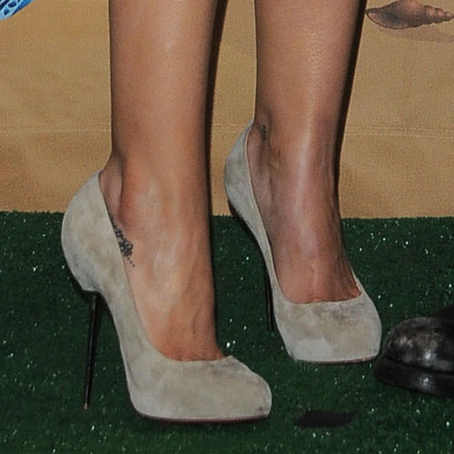 Celebrity ankle tattoos steal her style for Hilary duff tattoos