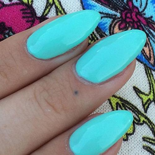 kesha-tattoo-finger-dot