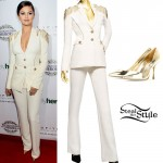 Selena Gomez: Cream Suit, Gold Pumps