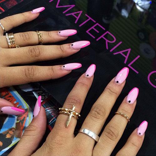 zendaya-nails-pink-diagonal- Zendaya Nails 2014