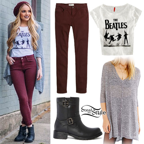 Danielle Bradbery: Long Cardigan, Maroon Jeans
