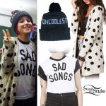 Hayley Williams: 'Sad Songs' T-Shirt Outfit