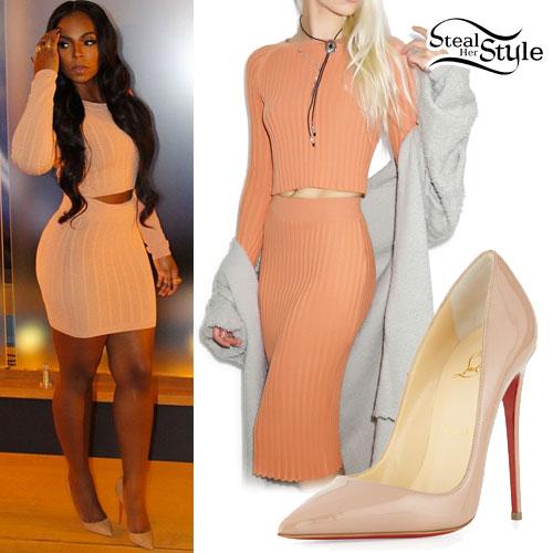 Ashanti: Peach Sweater & Knit Skirt