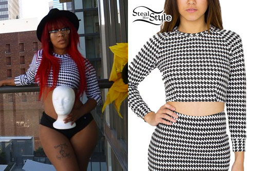 K. Michelle: Black & White Long Sleeve Crop Top