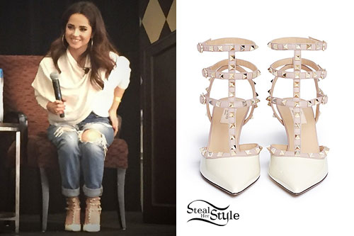 Becky G: Ivory T-Strap Pumps