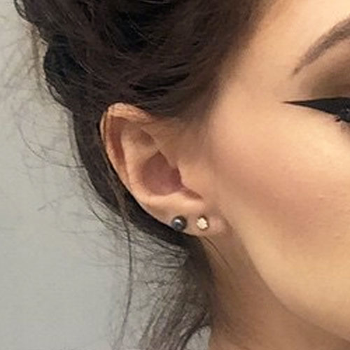 Chrissy Costanza S Piercings Amp Jewelry Steal Her Style