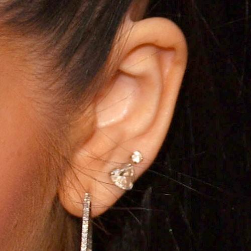 Christina aguilera clit piercing
