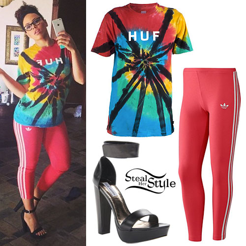 Elle Varner: Tie Dye T-Shirt, Red Leggings