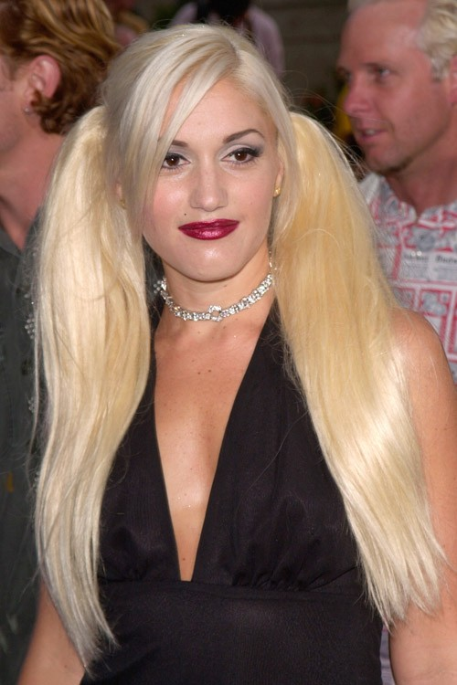 Gwen Stefani Straight Platinum Blonde Extensions Overgrown Bangs