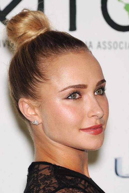 Hayden Panettiere S Hairstyles Amp Hair Colors Steal Her Style