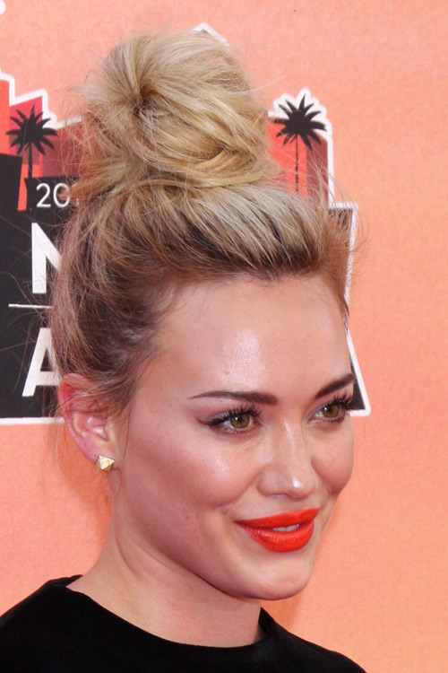 Hilary Duff Straight Golden Blonde Bun Messy Hairstyle