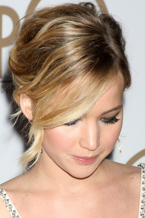 Sensational Jennifer Lawrence39S Hairstyles Amp Hair Colors Steal Her Style Short Hairstyles Gunalazisus