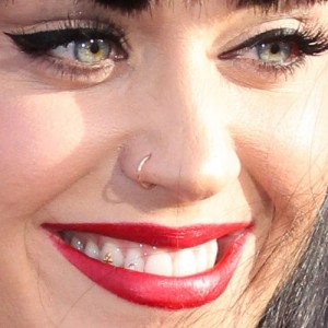 Celebrity Nose Nostril Piercings Steal Her Style