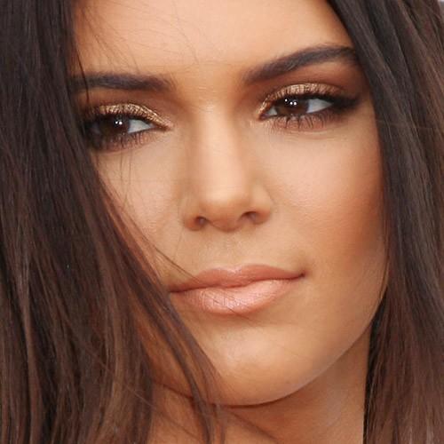Kendall Jenner Makeup: Bronze Eyeshadow, Brown Eyeshadow Eyeshadow ...