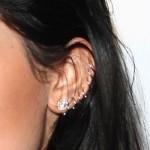 kylie-jenner-ear-piercing