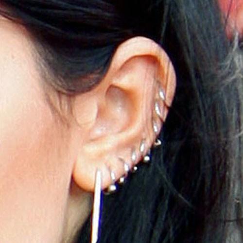 Kylie jenner ear piercing 2015