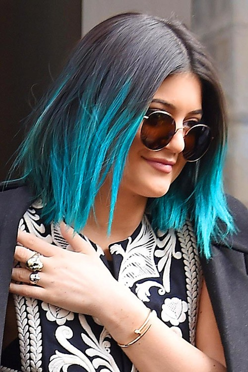 Kylie Jenner Straight Black Bob Peek A Boo Highlights Two Tone