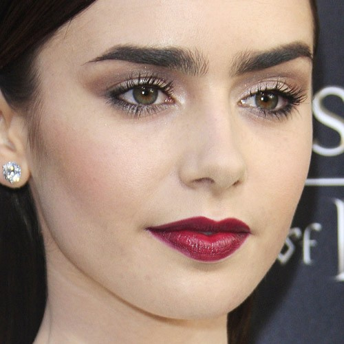 How to Makeup Like Lily Collins