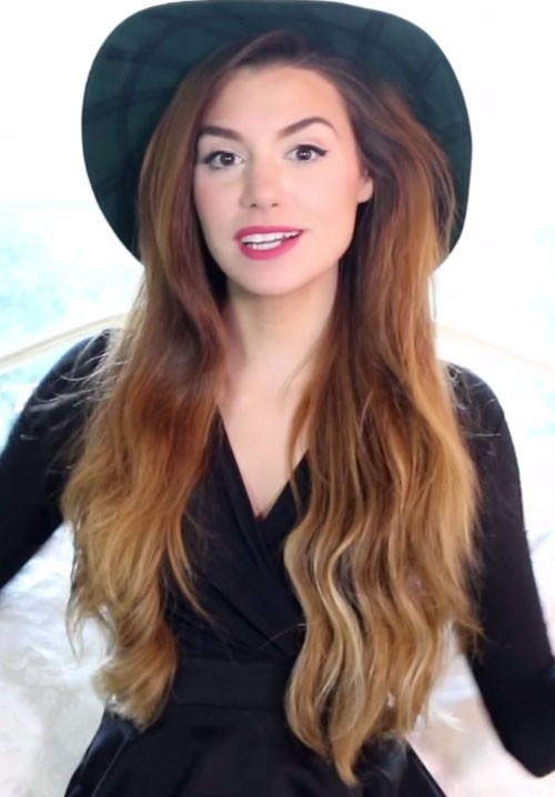 Marzia Bisognin S Hairstyles Amp Hair Colors Steal Her Style