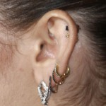 miley-cyrus-ear-piercings-1