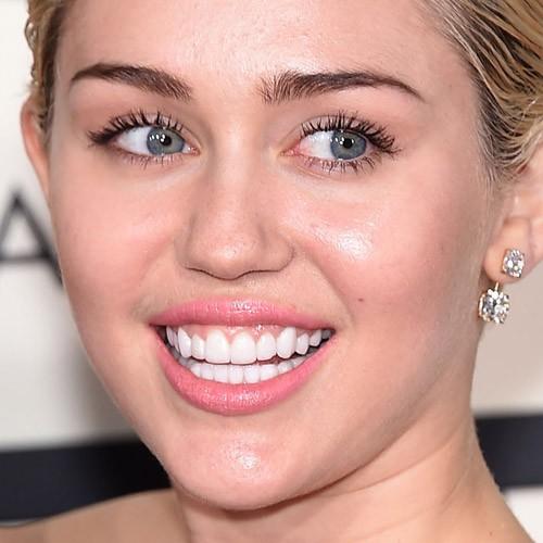 Miley-cyrus-makeup-3