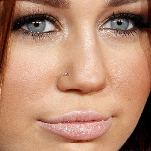 66 Celebrity Nose Nostril Piercings Page 4 Of 7 Steal