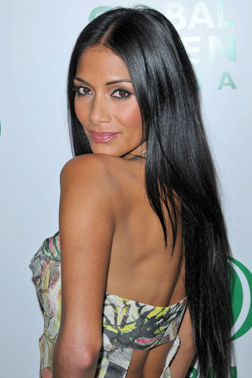 Nicole scherzinger s hairstyles amp hair colors steal her style