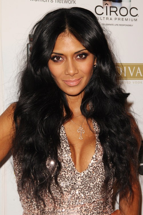 Nicole Scherzinger S Hairstyles Amp Hair Colors Steal Her
