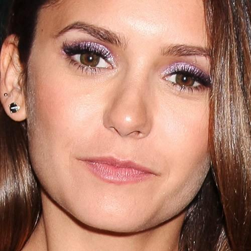 Nina-dobrev-makeup-4