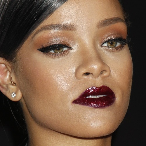 rihannas makeup photos amp products steal her style page 2