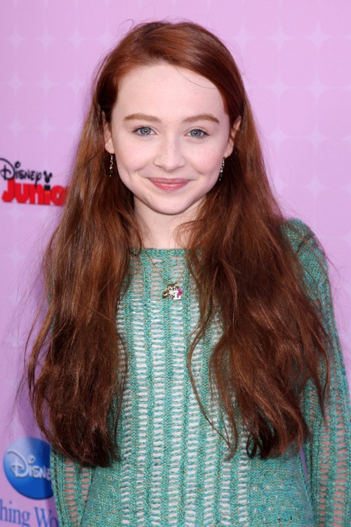 Sabrina Carpenter Straight Auburn Messy Hairstyle Steal