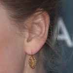 taylor-swift-ear-piercing