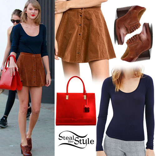 Taylor Swift Button Skirt Oxford Pumps Style Tips 04 Feb 2015 Fashion Style Celebrity